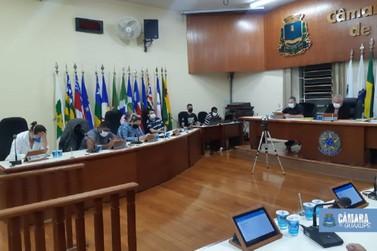 Vereadores aprovam lei que cria combate a violência contra a mulher no município