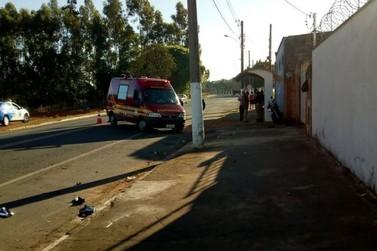 Motociclista fica ferido em acidente na manhã desta sexta-feira (08)