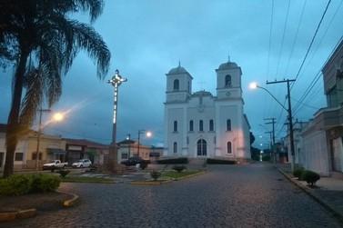 Decreto restringe horário do funcionamento do comércio em Muzambinho