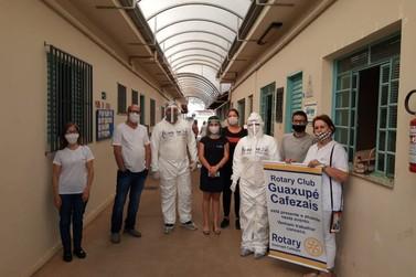 Rotary Cafezais financia teste do covid para idosos em Guaxupé