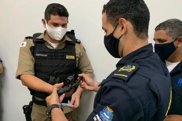GCM de Guaxupé recebe porte de arma