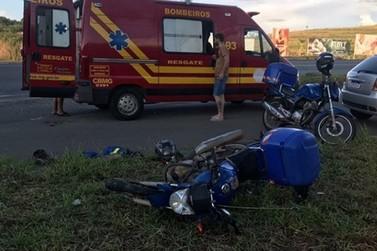 Motociclista de 24 anos fica ferido em acidente no trevo de Juruaia