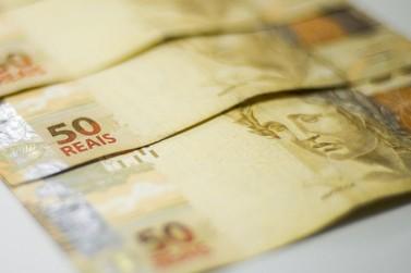 Inscrições para auxílio de R$300 começam nesta segunda-feira (15)
