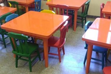 Escolas de Três Coroas ganham novas classes e cadeiras