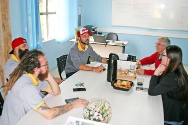 Escola Ambiente da FACCAT e Lar Padilha formam parceria