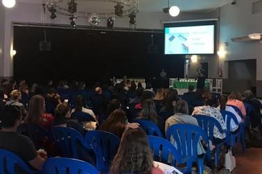 Simpósio de Tratamento de Lesões de Pele reúne profissionais em Parobé