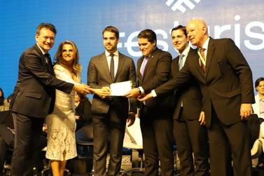 Carta Aberta de Gramado é elaborada em atividade coordenada por Dalciso Oliveira