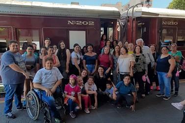 Giordani Turismo leva pacientes do Câncer Infantil para passeio na Maria Fumaça