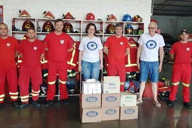 CDL Igrejinha e Três Coroas faz doação para os Bombeiros Voluntários