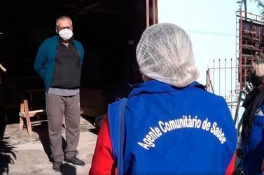 Agentes de saúde ajudam comunidade na prevenção ao Coronavírus em Parobé