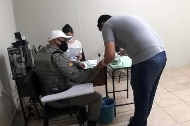 Policiais Militares de Igrejinha realizam teste de prevalência da Covid-19