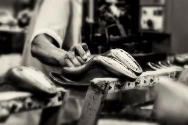 Indústria calçadista deve recuar a patamares de 16 anos atrás, aponta relatório
