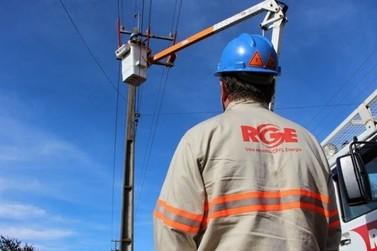 Troca de postes causa indisponibilidade de sinal digital de TV em Igrejinha