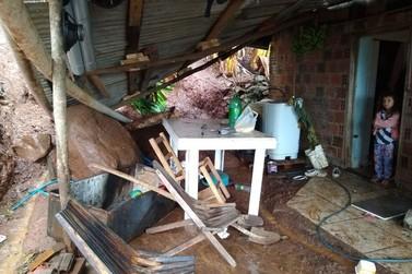 Chuva provoca alagamentos e deslizamentos de terra em Igrejinha