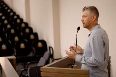 Dirceu Linden Jr. sugere espaço para prática de esportes de combate em Igrejinha