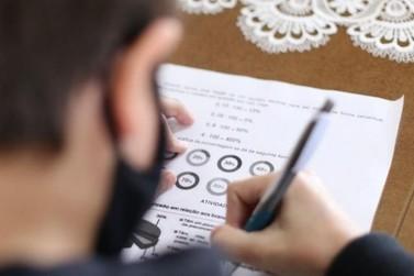 Governo do RS publica decreto que regulamenta retomada das aulas presenciais