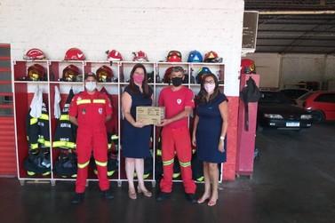 CDL doa mil luvas de látex ao Corpo de Bombeiros Voluntários de Igrejinha