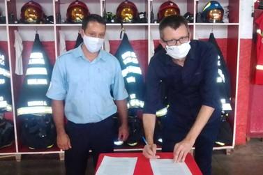 Município de Igrejinha assina Termo de Colaboração com os Bombeiros Voluntários