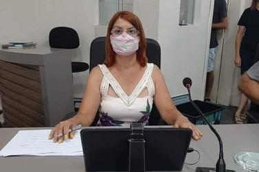 Vereadora Professora Neidi apresenta diversas indicações ao Executivo Municipal