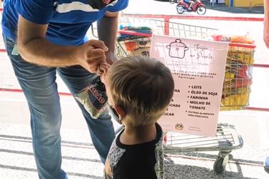 Igrejinha dá show de solidariedade doando alimentos em campanha da primeira-dama
