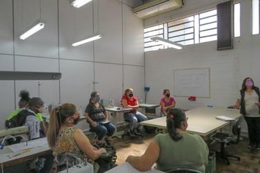 Formar Igrejinha: Turmas de costura iniciam aulas