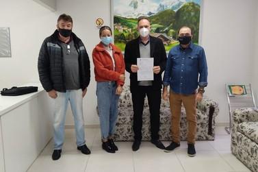 Marivaldo Leal e Carine Martini anunciam R$ 250 mil para o Hospital Bom Pastor