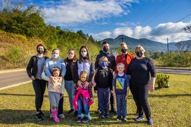 Bischoff Group encerrou mês do meio ambiente com plantio de árvores em Igrejinha