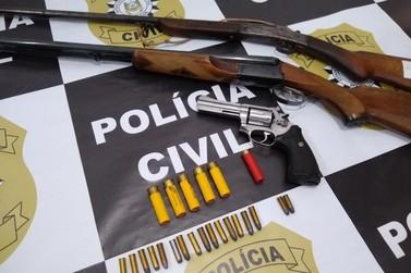 Polícia Civil de Três Coroas prende homem por posse ilegal de arma de fogo