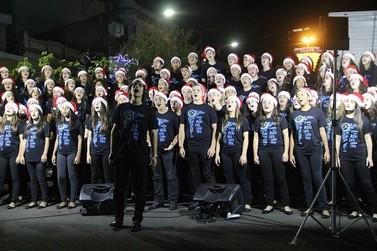 Coral do IACS apresentou-se no Natal Mágico de Taquara