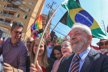 Lula diz que vai fazer referendo para revogar reformas de Temer se vencer eleição de 2018