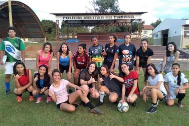 Escolinha de Futebol Feminino do 2º Batalhão é um sucesso