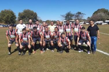 Pinhalzinho é Campeão do 2º Torneio Rural Sub 40 de Jacarezinho