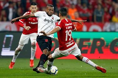 Athletico e Inter se enfrentam nesta quinta-feira (31)