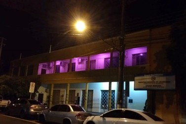 Câmara de Jacarezinho também participa da campanha do Outubro Rosa