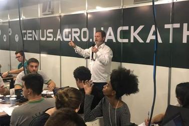 Hackaton coloca estudantes em sintonia com empresas