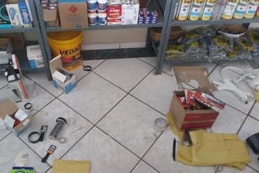 Loja de materiais de construção foi furtada na Vila Setti em Jacarezinho