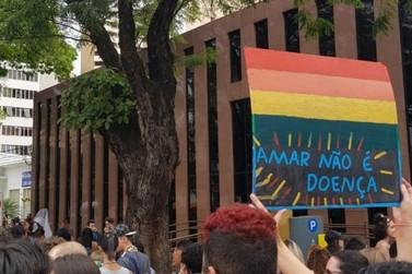 Parada LGBT de Londrina acontecerá no domingo