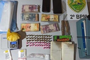 Casal é preso por tráfico de drogas em Jacarezinho