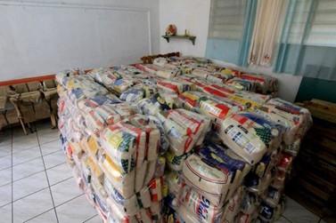 Ourinhos entrega mais de 400 cestas básicas por mês para famílias carentes