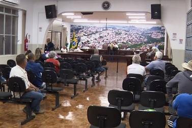 Sessão ordinária da Câmara de Jacarezinho volta nesta segunda-feira