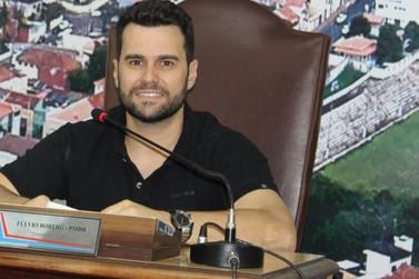 Vereador solicita informações sobre pavimentação em Jacarezinho