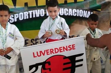 Filho de Jacarezinhense é destaque no Karatê Infantil de Mato Grosso