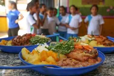 Mesmo com suspensão de aulas no Paraná, merenda escolar será entregue