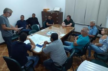 Vereadores realizam reunião com Secretário de Indústria e Comércio