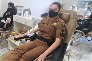 Policiais Femininas fazem doação de sangue em Jacarezinho