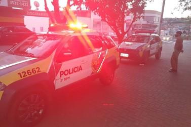 """Polícia Militar realiza """"Operação Pagamento Auxílio Emergencial"""" em Jacarezinho"""