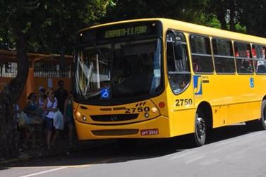 Vereador solicita incentivo para quem tiver ponto de ônibus em frente de casa