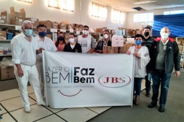 JBS leva mais doações a Jacarezinho (PR)