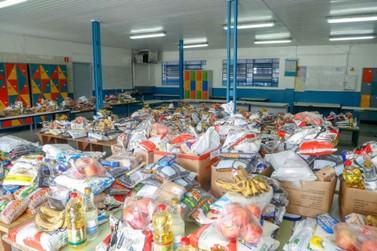 Kits de merenda escolar serão entregues nas escolas do Paraná nesta sexta (14)