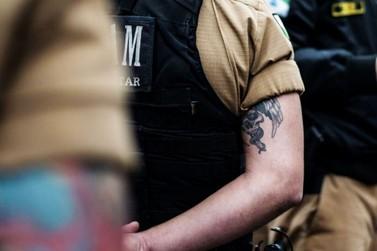 Tatuados também têm vez em concurso da PM